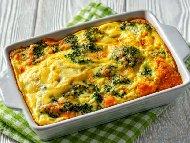 Рецепта Запеканка от броколи с царевица и яйчена заливка на фурна